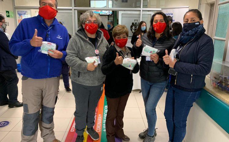 Funcionarios de los hospitales de Coquimbo, Ovalle y La Serena ya recibieron los primeros kits de mascarillas reutilizables