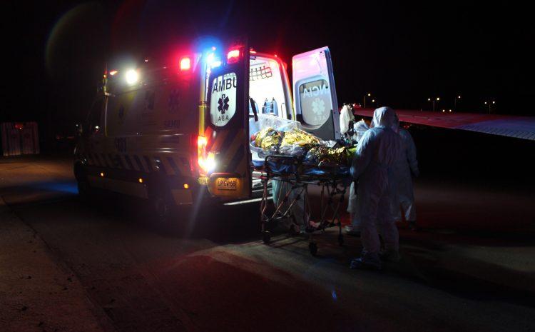 Llegan al Hospital de Contingencia de Ovalle dos pacientes con Covid-19 desde Iquique