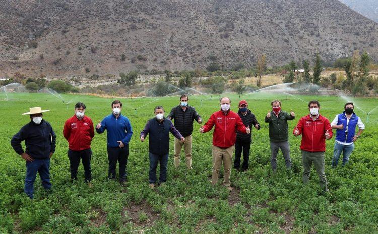 Ministro de Agricultura visitó Salamanca y constató en terreno la situación hídrica