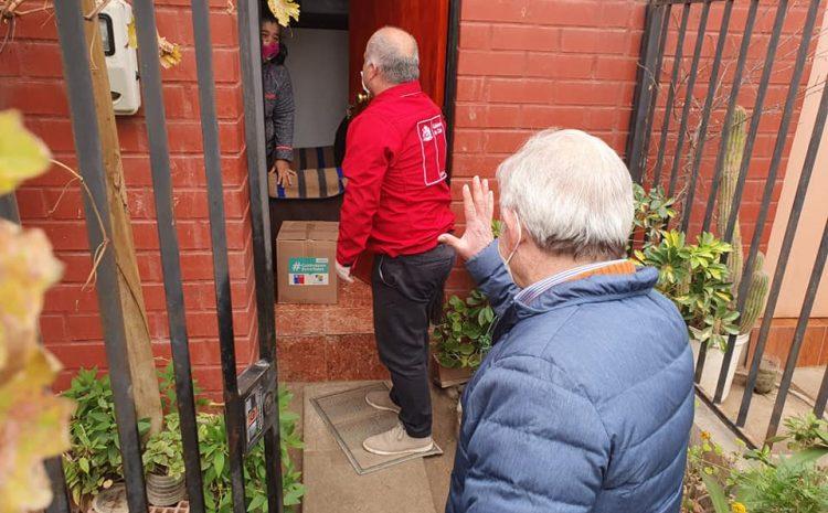 Vecinos de Salamanca comienzan a recibir las cajas de alimentos comprometidas por el Gobierno