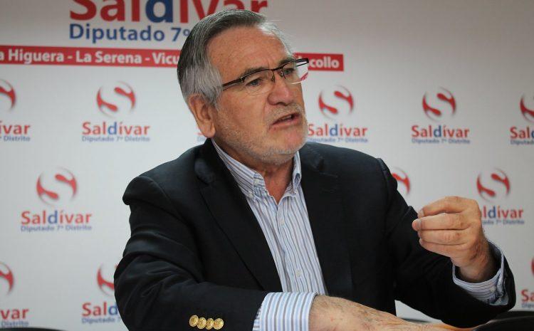 Diputado Raúl Saldivar (PS) emplaza al Gobierno que explique porqué «el Ejército está adquiriendo armas anti disturbios»
