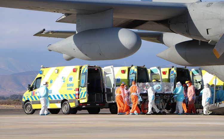Trasladan a 30 pacientes Covid para evitar el colapso de la red