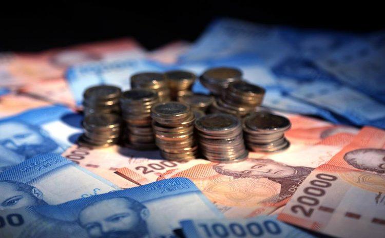 Gobierno propone no reajustar el salario mínimo durante un año por la crisis económica del coronavirus
