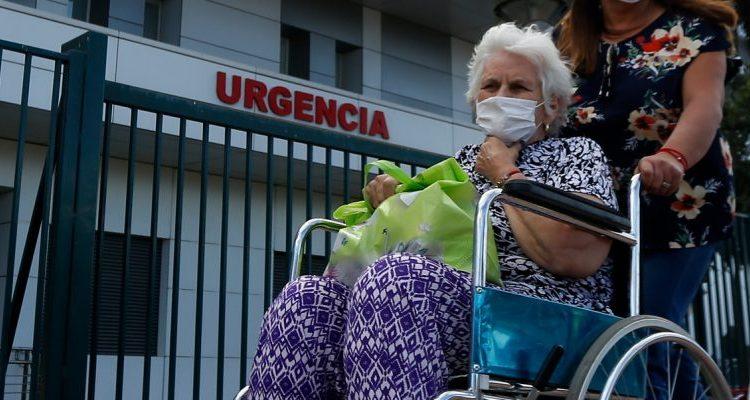 Llaman a extremas medidas sanitarias para evitar contagios de adultos mayores durante Fiestas Patrias