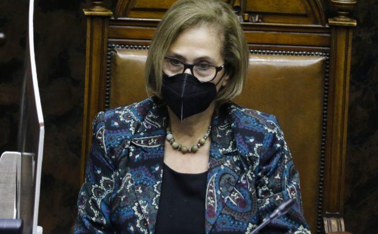 """Segundo retiro de fondos de las AFP: Presidenta del Senado calificó como """"muy grave"""" la controversia con el gobierno tras requerimiento ante el TC"""