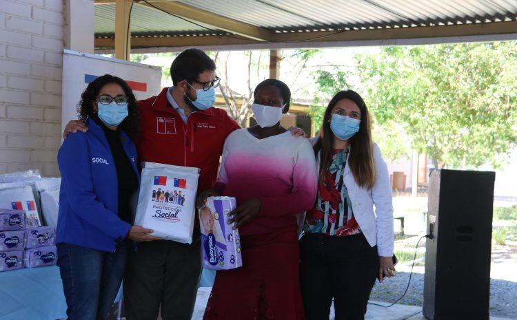30 familias son beneficiadas con entrega de pañales y material educativo en Illapel