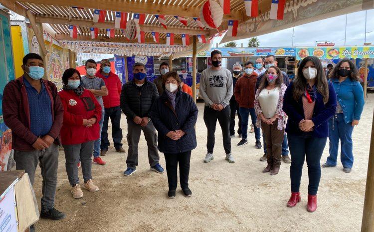 Emprendedores de los FoodTrucks de Peñuelas se capacitaron y recibieron financiamiento del FOSIS y el Gobierno Regional
