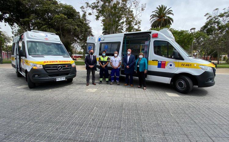 Servicio de Salud Coquimbo entrega tres ambulancias a hospitales de la región