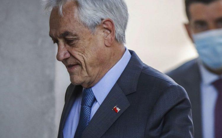 Presidente Piñera se autodenunció a las autoridades sanitarias tras pasear por la playa sin mascarilla
