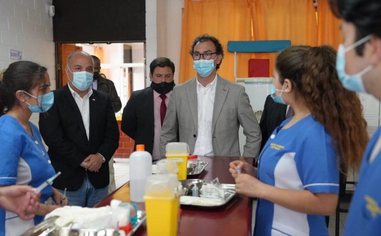 Ministro de Educación dialoga con comunidades educativas de la región de Coquimbo sobre el retorno a clases presenciales