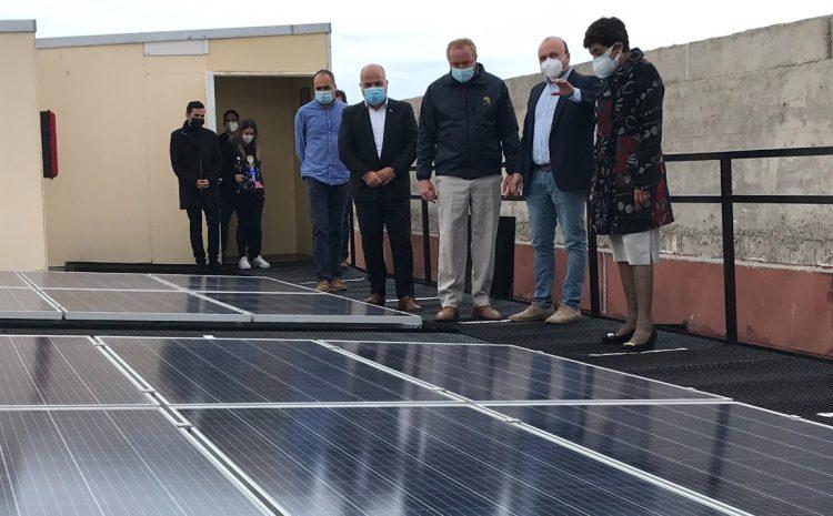 Colegio Salesianos promueve las energías renovables en la  formación de estudiantes inaugurando planta fotovoltaica