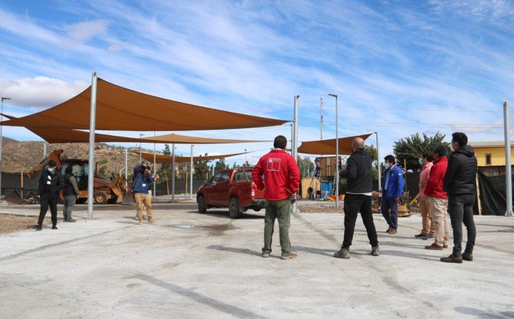 Cerca de un 50% de avance presenta la construcción de la plaza «Elige Vivir Sano» en la comuna de Illapel