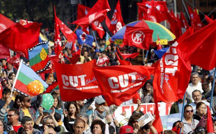 Este viernes mas de 35 mil trabajadores se adhieren a la «Huelga General Sanitaria» convocada por la CUT