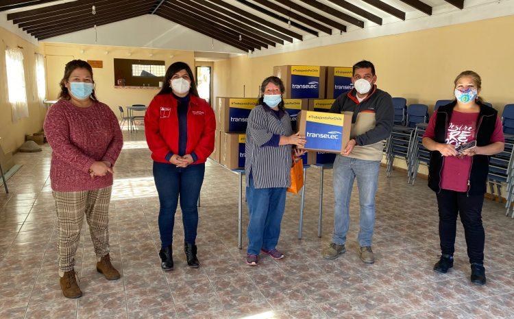Entregan cajas de alimentos a vecinos del pueblo de La Cantera