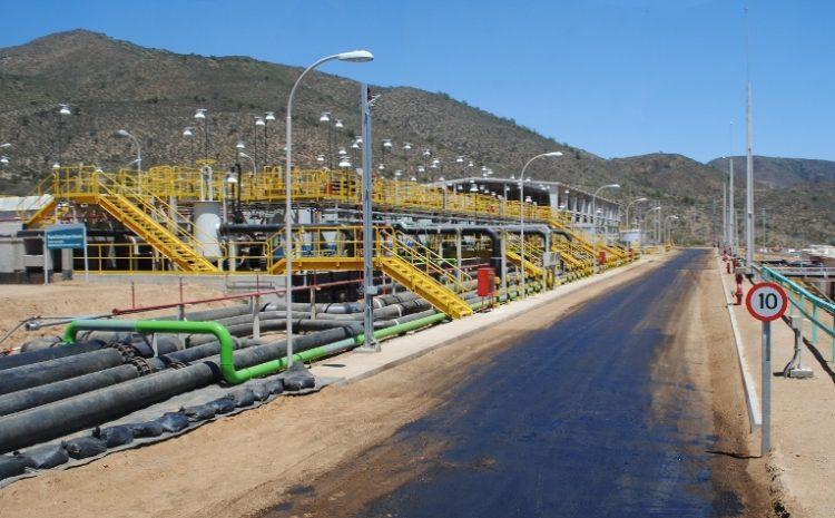 Minera Tres Valles y vecinos de comunidades cercanas se reúnen para validar correctos protocolos de emisión de polvo y tronaduras de la compañía