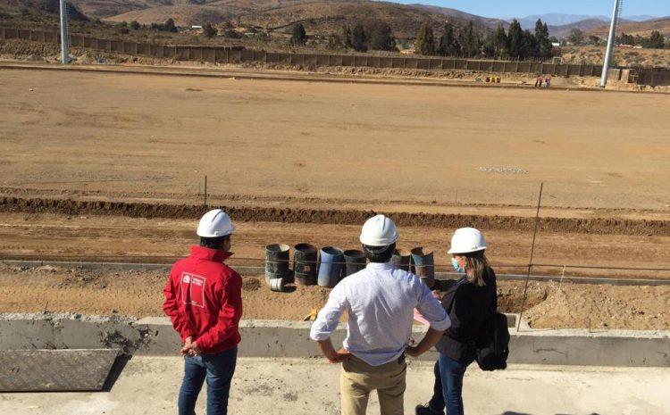 Estadio de la comuna de Canela muestra un gran avance en su construcción
