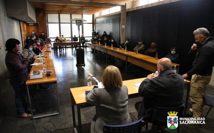 Crianceros de Ganado se reúnen junto a autoridades locales y Senadora Muñoz