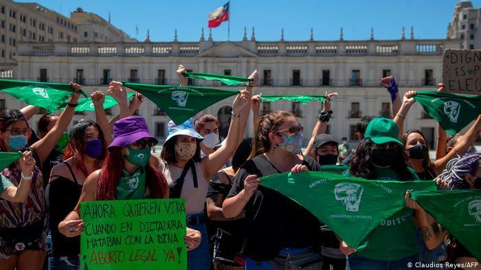 Comisión de Mujeres y Equidad de género rechaza legislar la despenalización del aborto